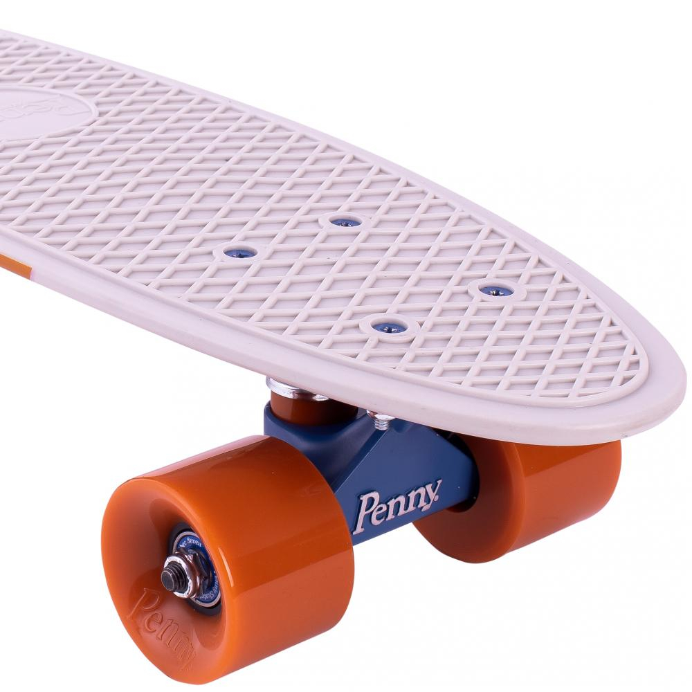 Penny Boards '22' with design