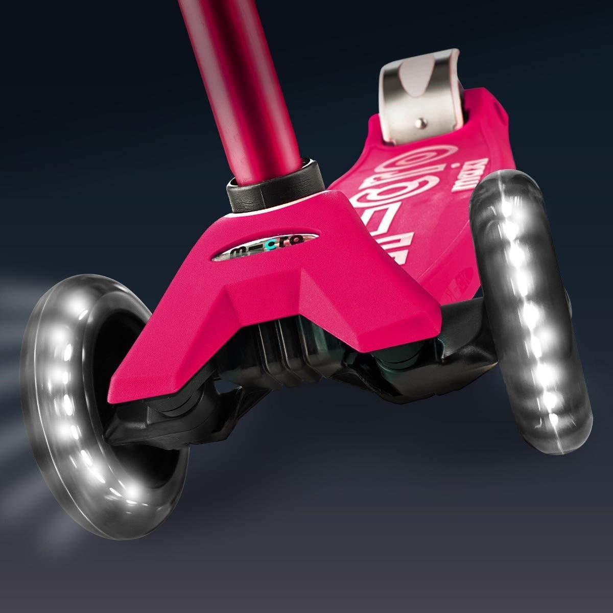 Micro Maxi Deluxe LED ( Luminous wheels )