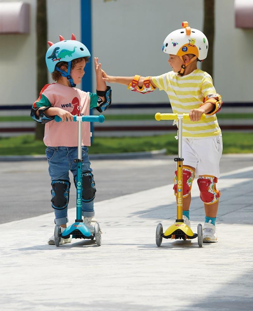 Micro Helmet Monsters